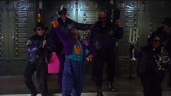 Batman Joker Gang Tim Burton 1989
