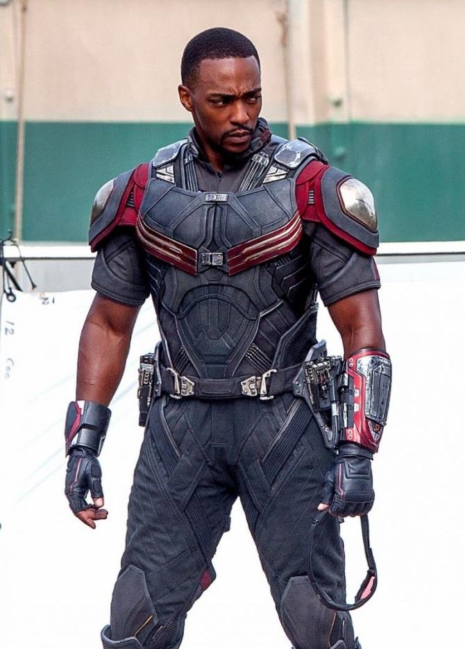 Antony Mackie Falcon Captain America Civil War leak