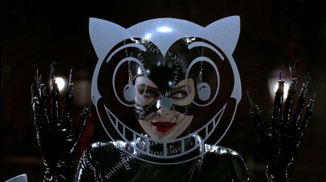 Batman returns catwoman smile michele pfeiffer