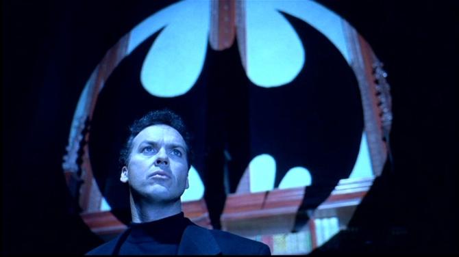 batman returns bat symbol